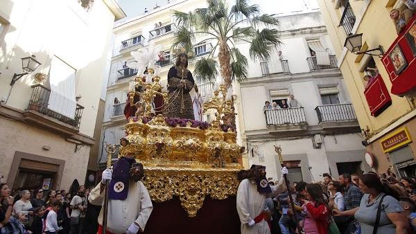 Las tallas más antiguas de la Semana Santa de Cádiz
