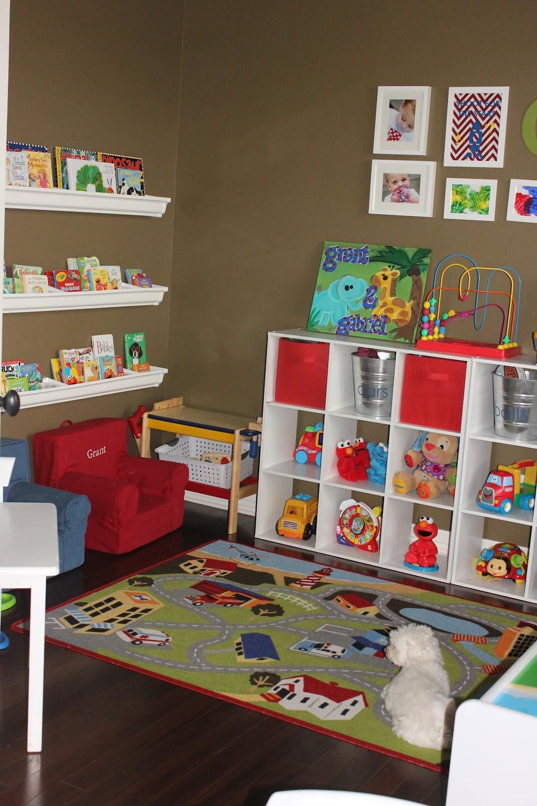 Playroom: Kids Week: An Organized Playroom