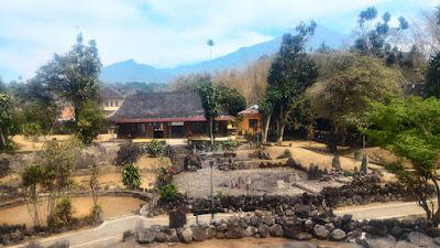 Site Museum Taman Purbakala Cipari