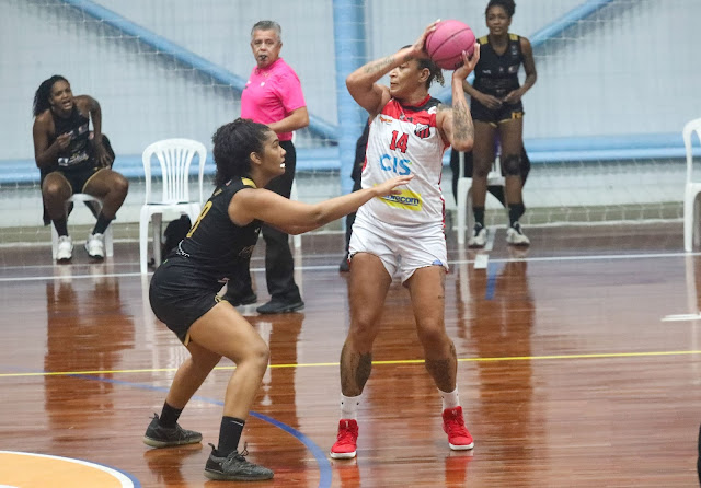 A pivô Érika foi a destaque da partida
