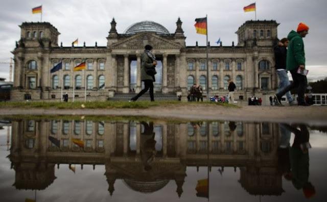 """""""Όχι"""" από το Βερολίνο για τις πολεμικές αποζημιώσεις"""