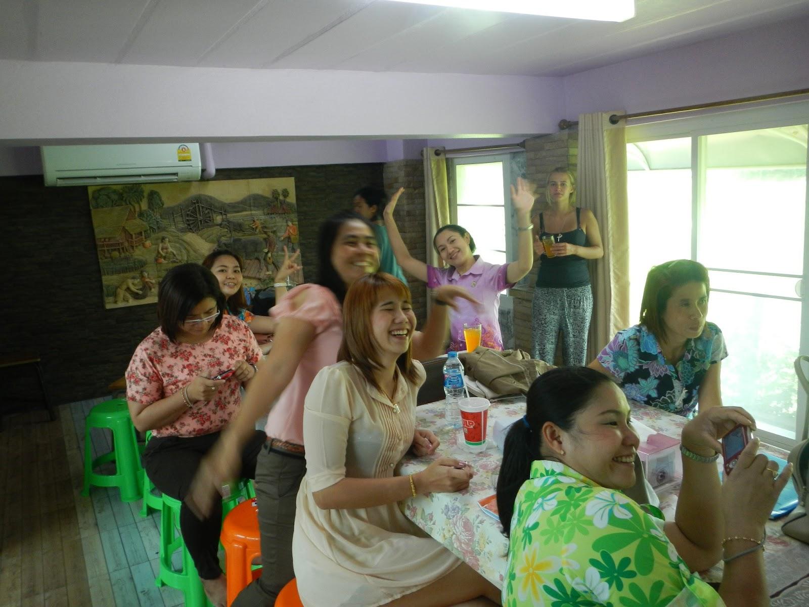 swing parties in sing buri