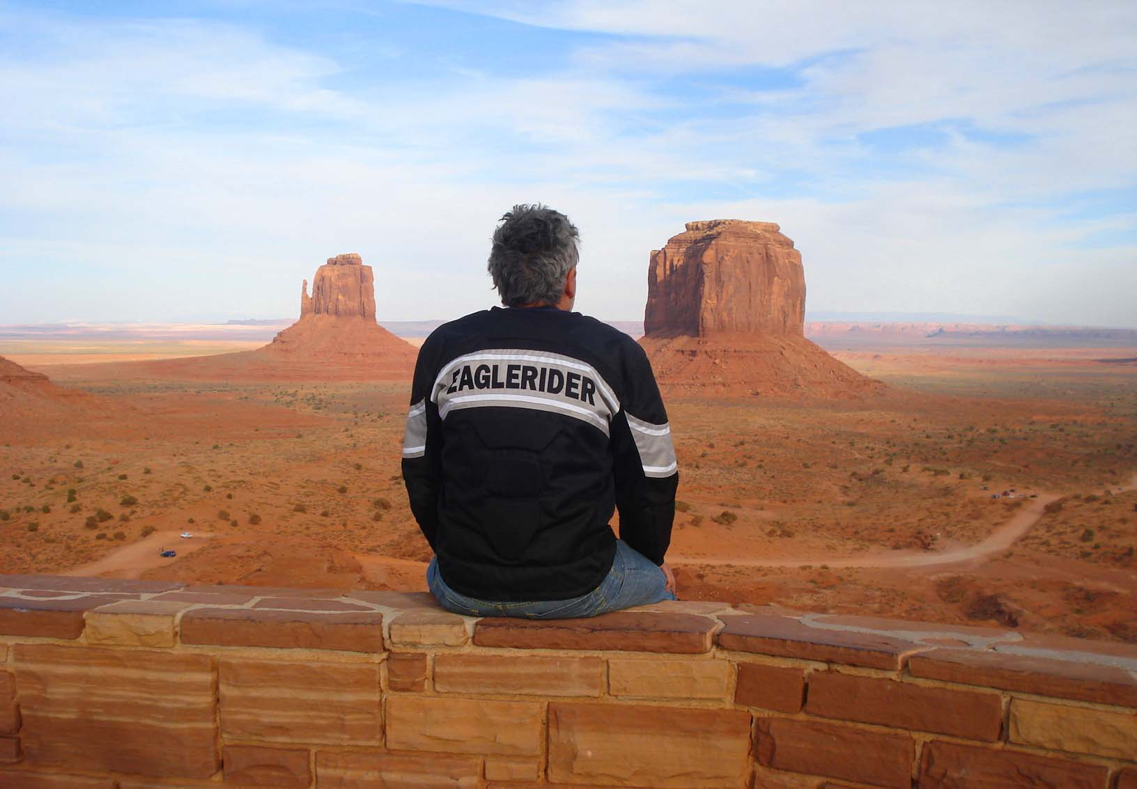Monument Valley, Rota 66 nos EUA de moto