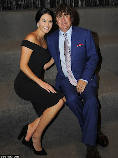 Jason with his wife Amanda Boyd before their divorce