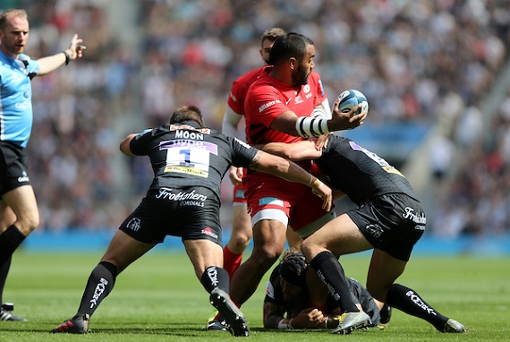 Billy Vunipola of Saracens is tackled by Ben Moon of Exeter Chiefs