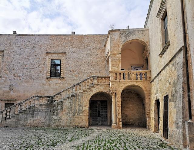 Ceglie Messapica il borgo medievale del centro storico. Il castello