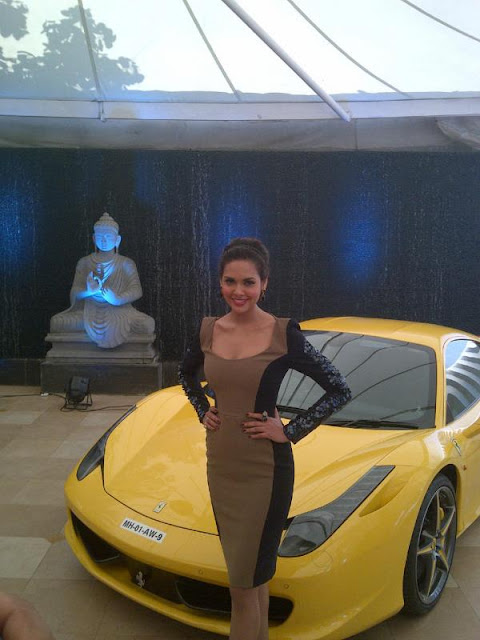 Esha Gupta at National Geographic press conference