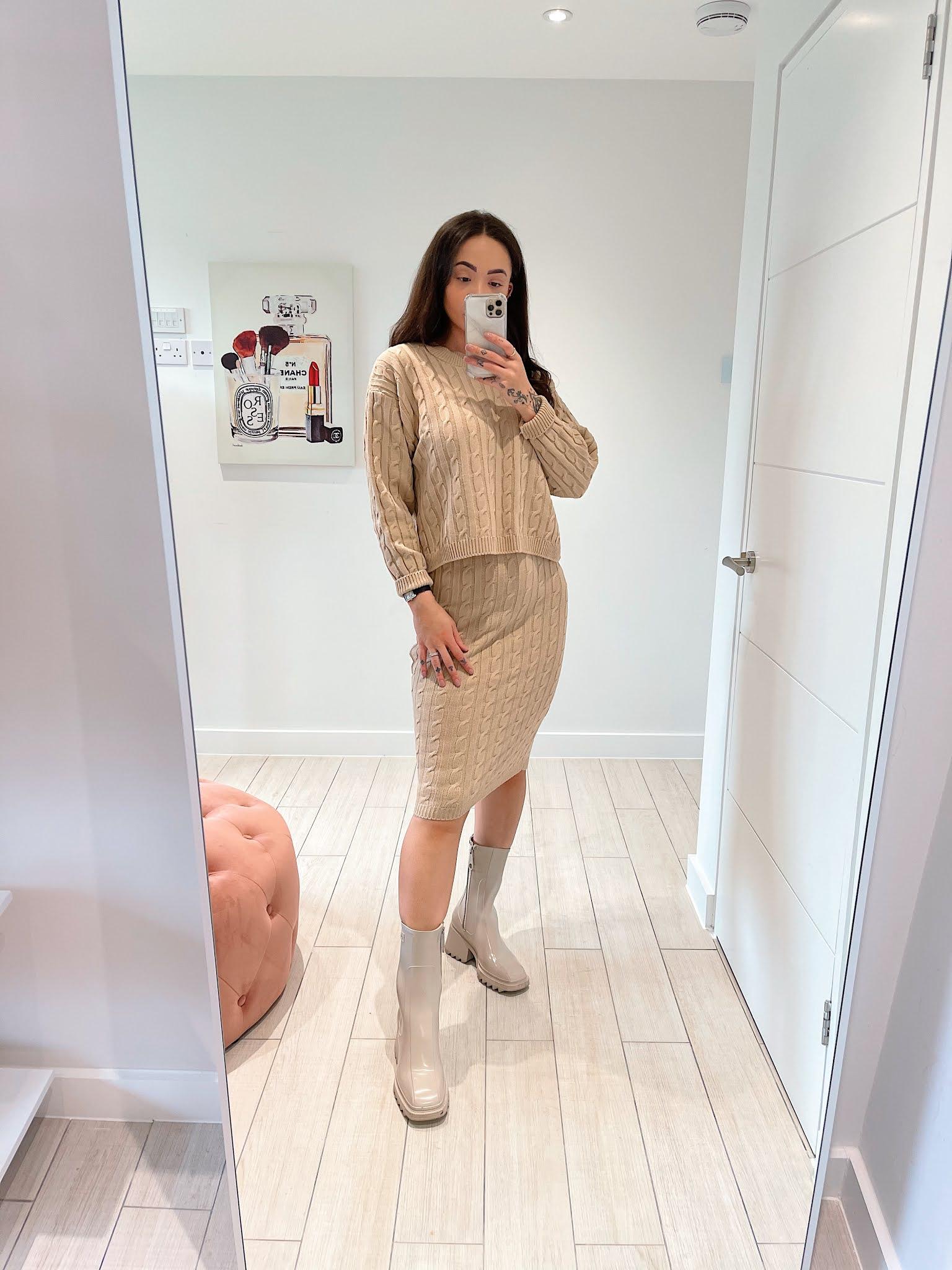 https://femmeluxe.co.uk/stone-cable-knit-midi-skirt-co-ord-bess