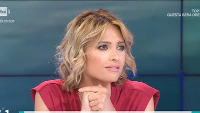 Monica Giandotti bella conduttrice tv bionda unomattina 21 maggio