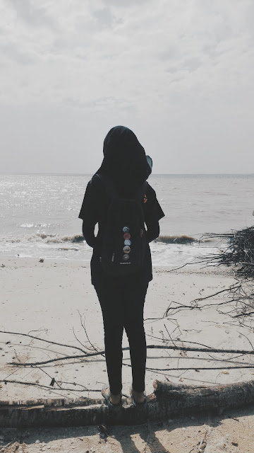 Segmen Ringkas by Amirah Azman