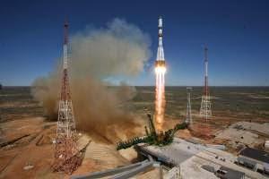 Rusia Meluncurkan Pesawat Ruang Angkasa - berbagaireviews.com