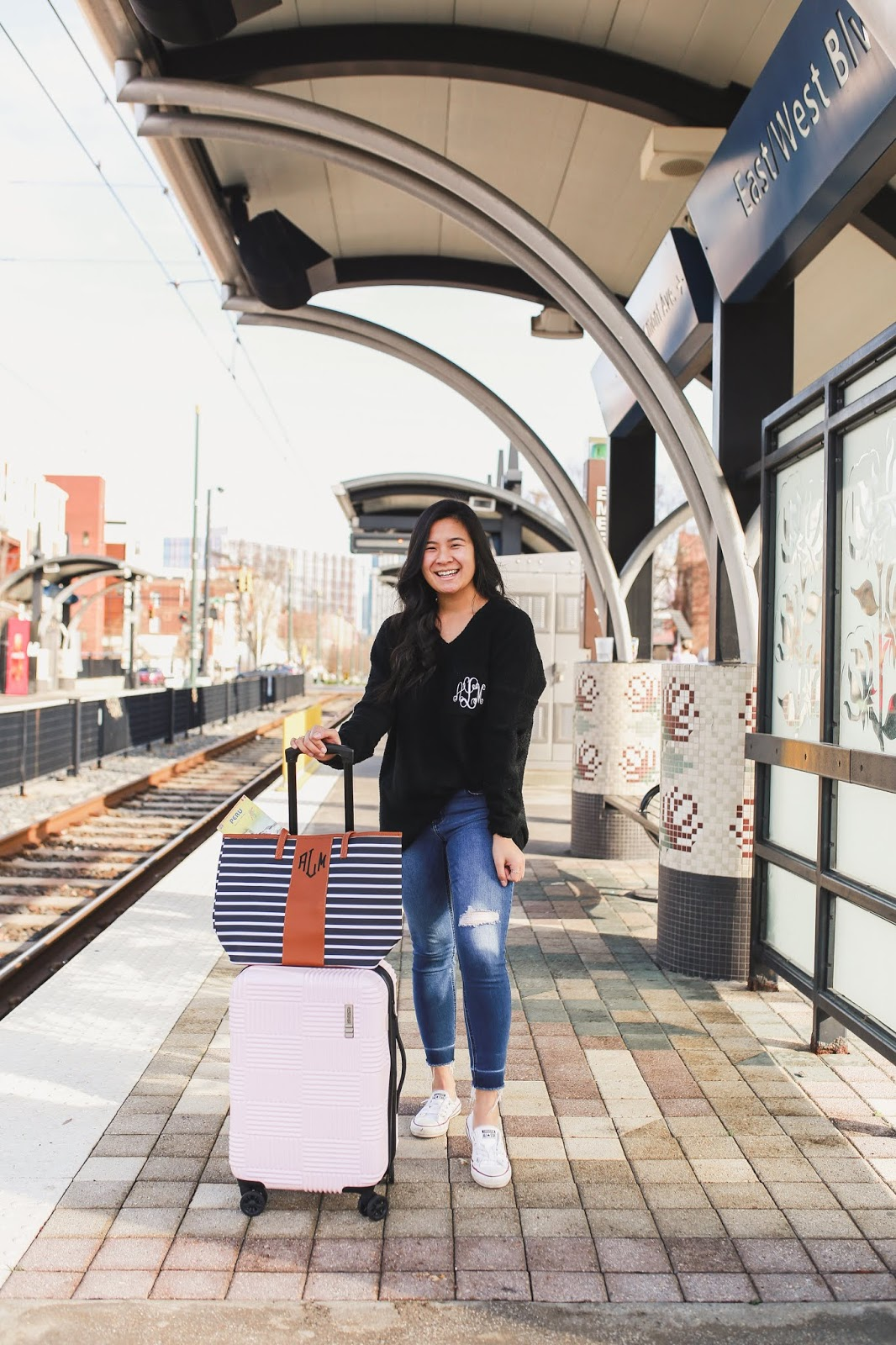 Comfy travel outfit inspiration