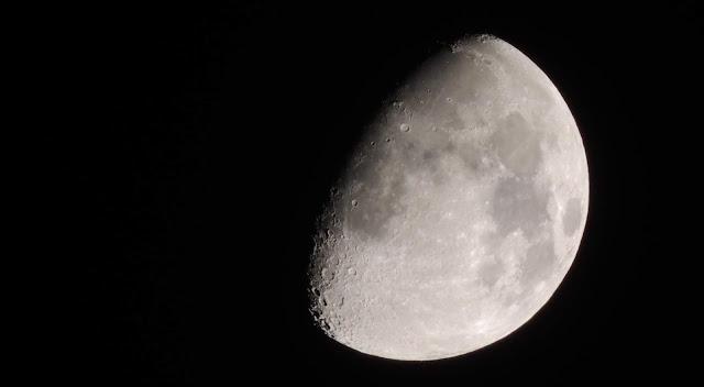 How-Dangerous-The-Lunar-Dust-(Moon-Dust)-Is?