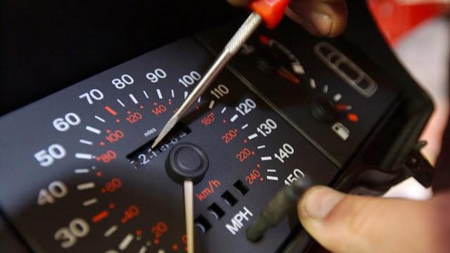 Έκπληξη στα ΚΤΕΟ για χιλιάδες ιδιοκτήτες αυτοκίνητων με γυρισμένα χιλιόμετρα