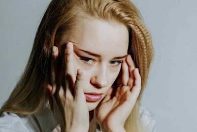 أسباب صداع الرأس المستمر وكيفية علاج ذالك