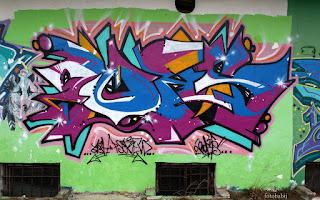http://fotobabij.blogspot.com/2016/02/graffiti-a4-puawy-ulponocna-zdjecie-na.html