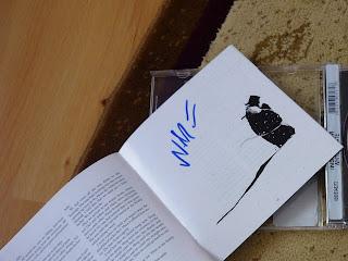 bookletul Winter's Gate semnat de Niilo