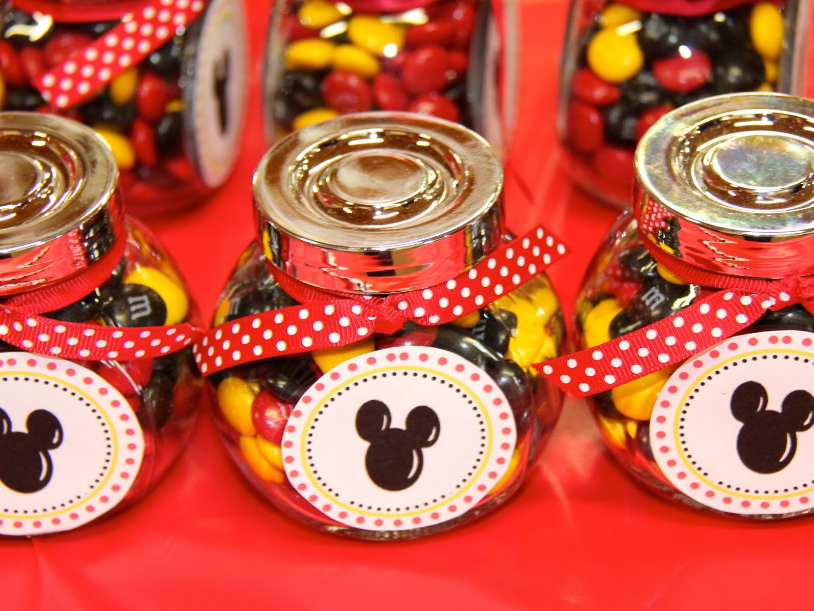 Mickey Mouse Birthday Party Ideas: Kids Party Ideas: Mickey Mouse Themed First Birthday