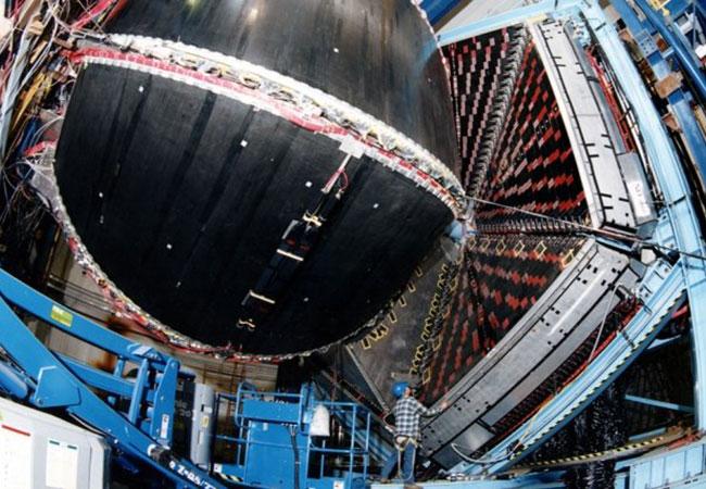 Tinuku Protons may do the heavy lifting in neutron stars