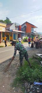 Peduli Kesehatan, Personil Gabungan Polres Sukabumi, TNI Kodim 0622, Sukabumi, Bersih-bersih Cegah Virus covid-19