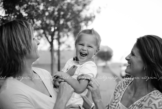 10 Ways to Make Your Family Photographer LOVE You!