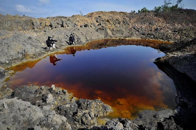 Jokowi Hapus Limbah Batu Bara dari Kategori Berbahaya, Walhi: Logika Pemerintah Rusak