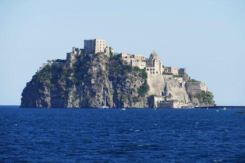 Ischia dove alloggiare