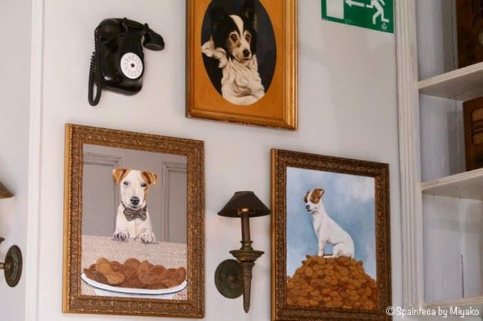 El Perro y la Galleta 犬とクッキーが可愛い飾られていた額の絵