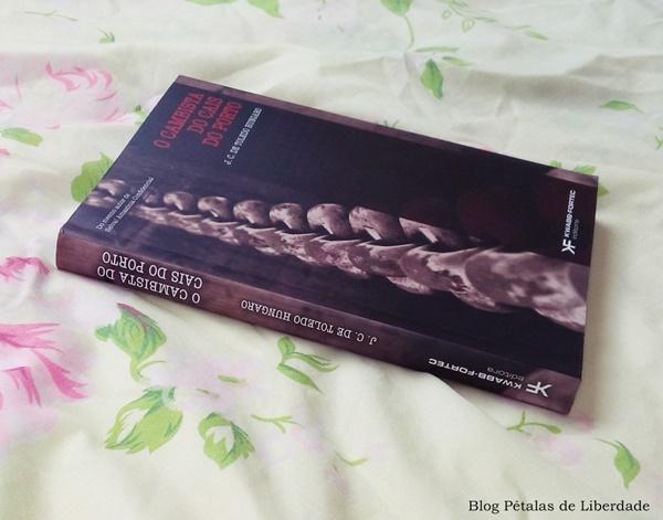 Resenha, livro, O-cambista-do-cais-do-porto, J-C-de-Toledo-Hungaro, kwabb-fortec-editora, literatura-nacional, segunda-guerra-mundial, brasil, opiniao, fotos, capa, critica