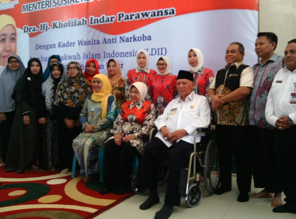 Menteri Khofifah Apresiasi Kepedulian Wanita LDII dalam Gerakan Anti Narkoba