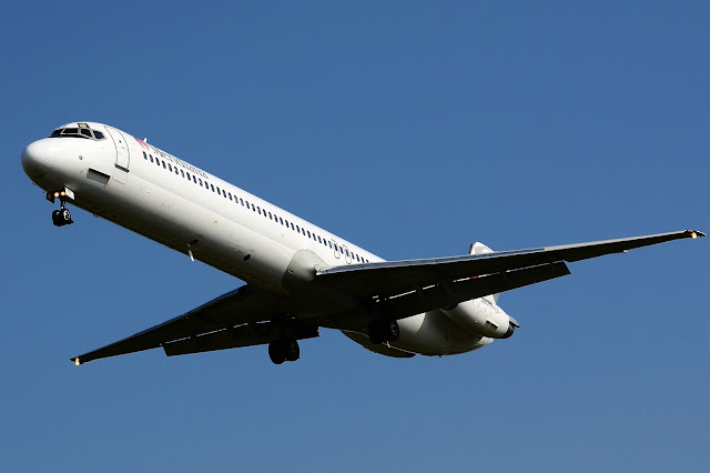 Meridiana Airlines McDonnell Douglas MD-82