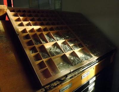 caixas com letras tipográficas no Museu Nacional de Imprensa