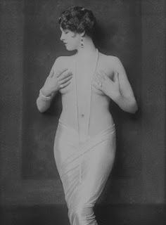 Dorothy Knapp Nude