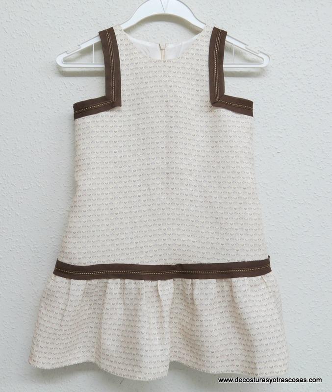 vestido niña con cintura baja falda fruncida y sisas cuadradas