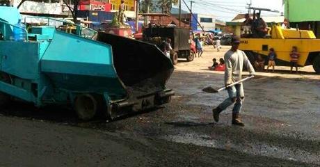 Halaman Pasar Banda Buek Diaspal Mulus