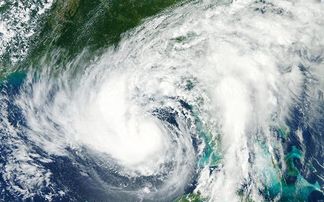 El año 2020 registró pocos huracanes que tocaron costa; sin embargo, la industria de seguros pagó 4.2 mil mdp por estas catástrofes.