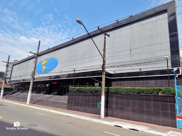 Vista ampla da fachada do Espaço das Américas - Barra Funda - São Paulo