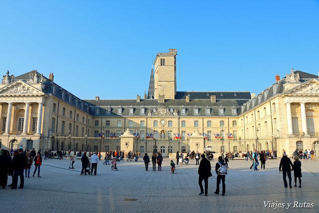 Palacio de los Duques y Torre de Felipe el Bueno, Dijon