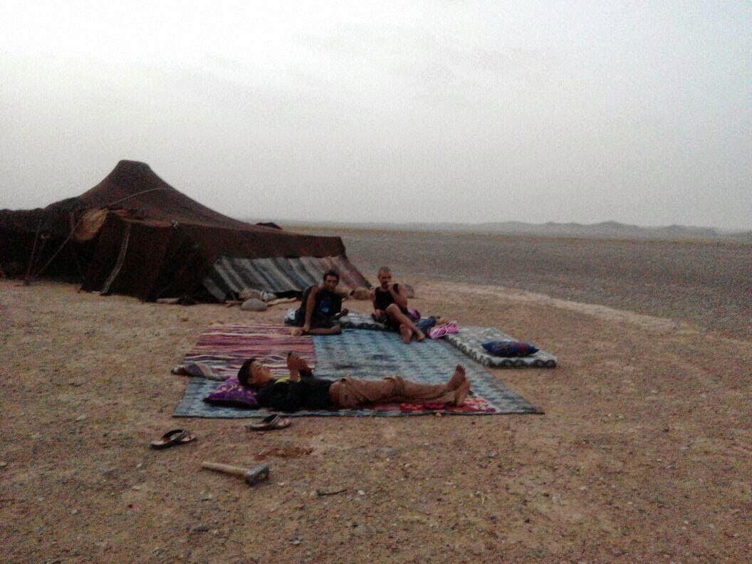 nomadas, desierto, viajar a marruecos, erfoud, marrakech, felicidad, yoga, alternativas