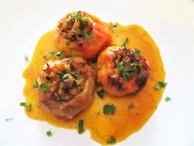 Peppers stuffed with potatoes