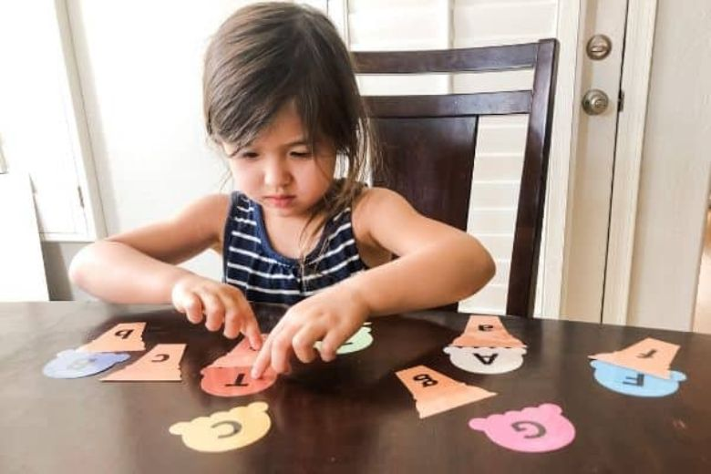 ice cream letter matching summer activities for preschoolers