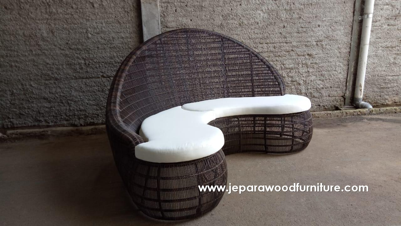 Outdoor Sofa With Custom Shape