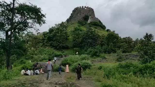 माहूर किल्ला