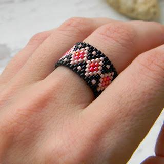 купить необычное кольцо из бисера украшения этника кольцо ручной работы