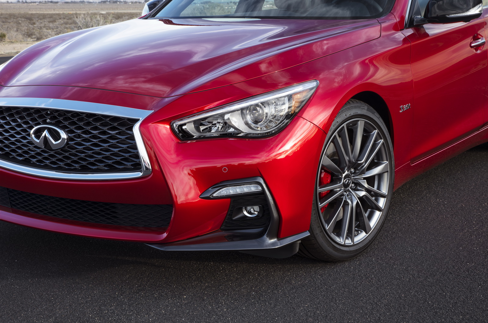 refreshed 2018 infiniti q50 brings better tech and quality carscoops. Black Bedroom Furniture Sets. Home Design Ideas