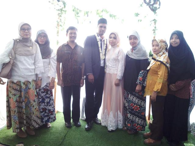 Pernikahan Ibu Wening Purniawati