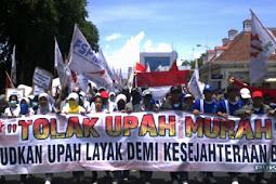 Tolak Upah Murah Untuk Buruh Pabrik dan Hapus Outsorsing