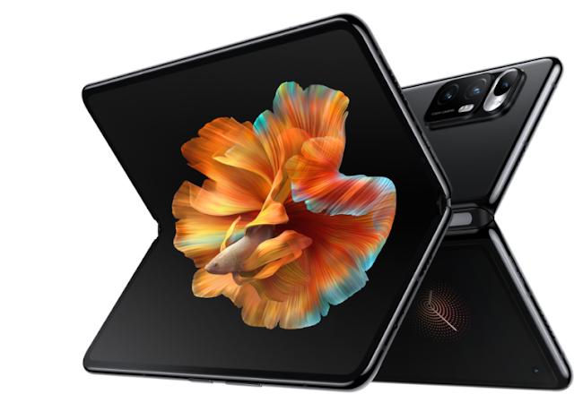 "Introducing Xiaomi's First Foldable Smartphone ""MI MIX FOLD"""