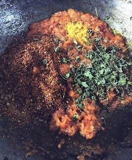 kadai paneer recipe,restaurant style kadai paneer,kadai paneer recipe with step by step pic