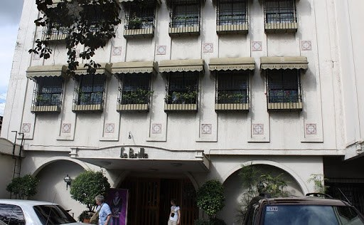 La Parilla Hotel in Cabanatuan City